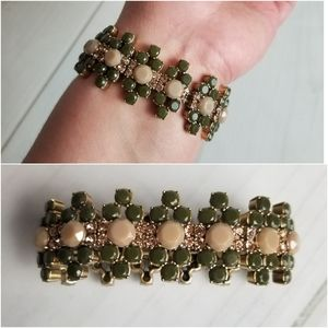 🐧J. Crew Green and Gold Stretch Bracelet